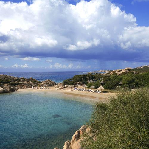 Plage de la crique, Domaine de Murtoli, Corse du Sud (2A), France