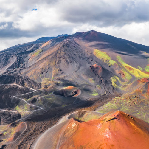 Double page - L'Etna - shutterstock_1403236319